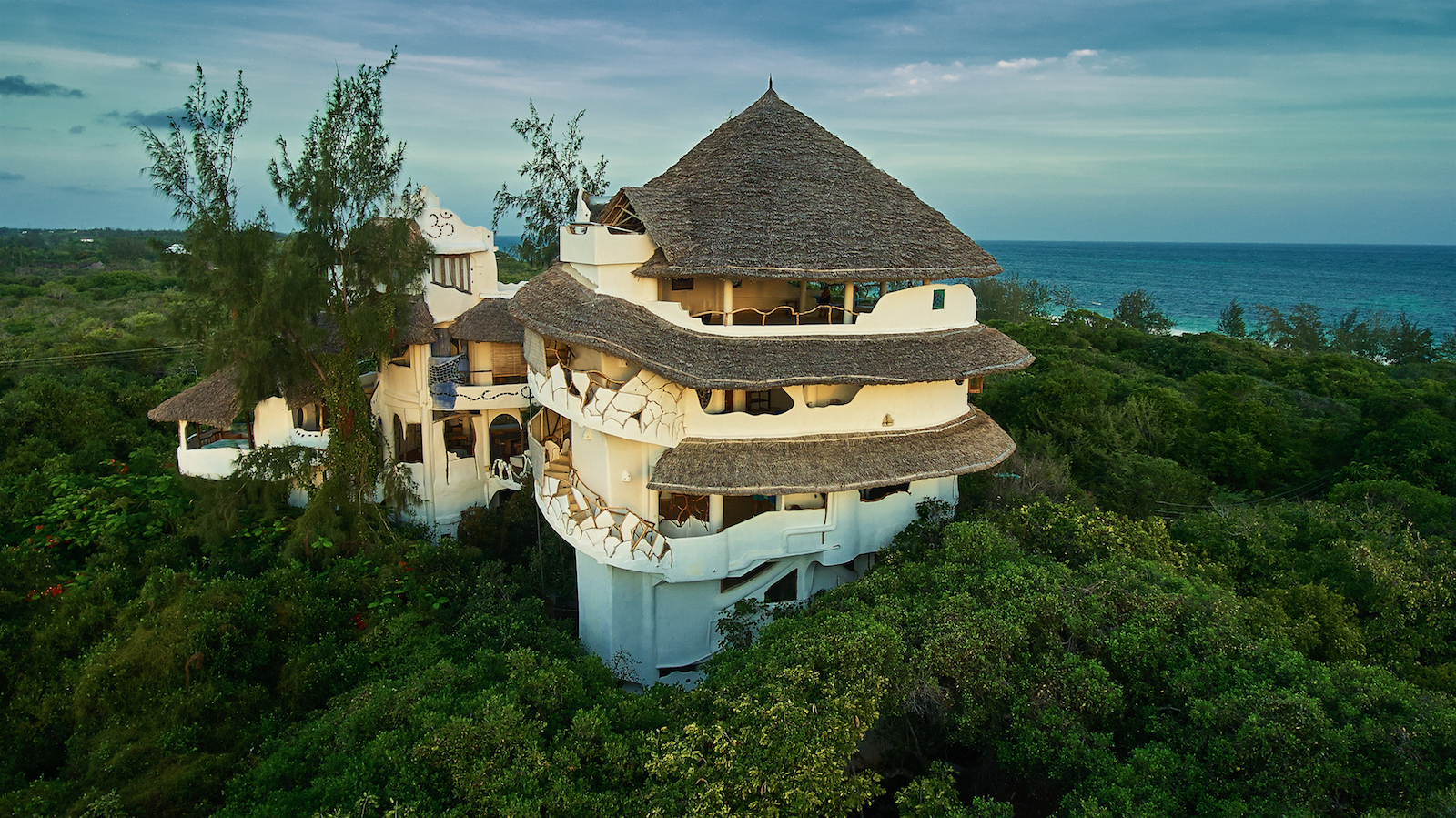 watamu tree house