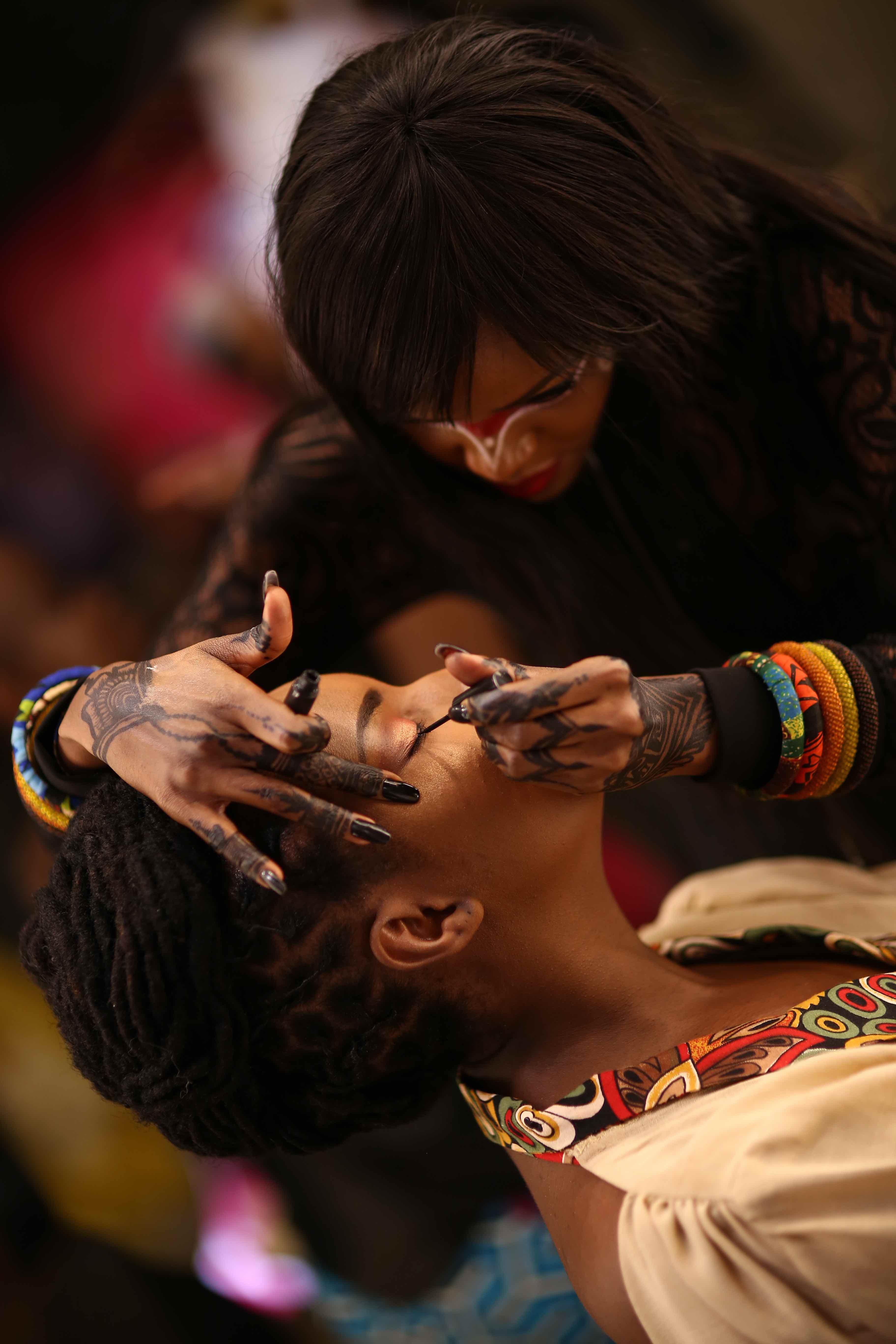 silvia-njoki-mac-tribal-makeup-party2